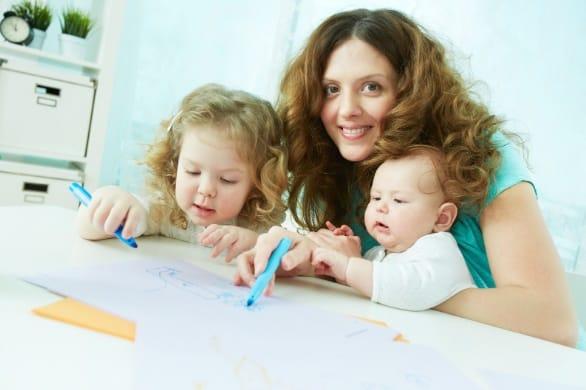 Brincadeiras divertidas para fazer em casa com as crianças